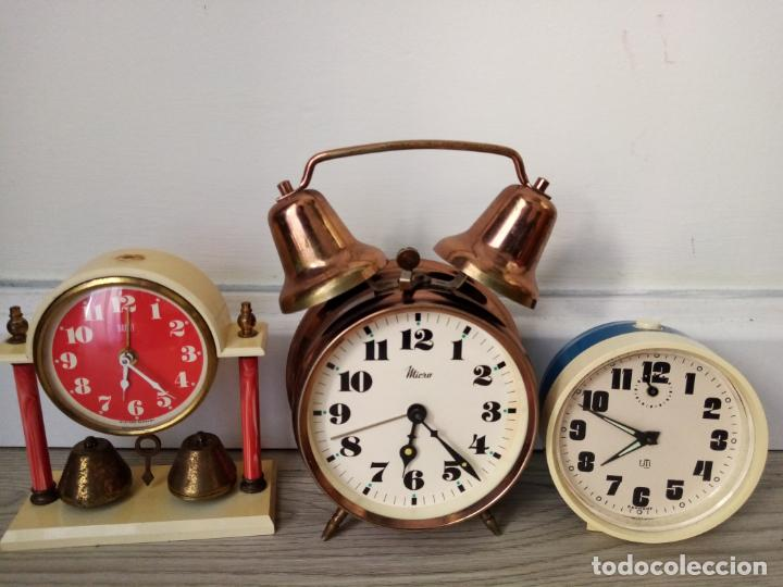 LOTE DE RELOJES DESPERTADORES DE SOBREMESA A CUERDA MICRO Y WEST GERMANY (Relojes - Sobremesa Carga Manual)