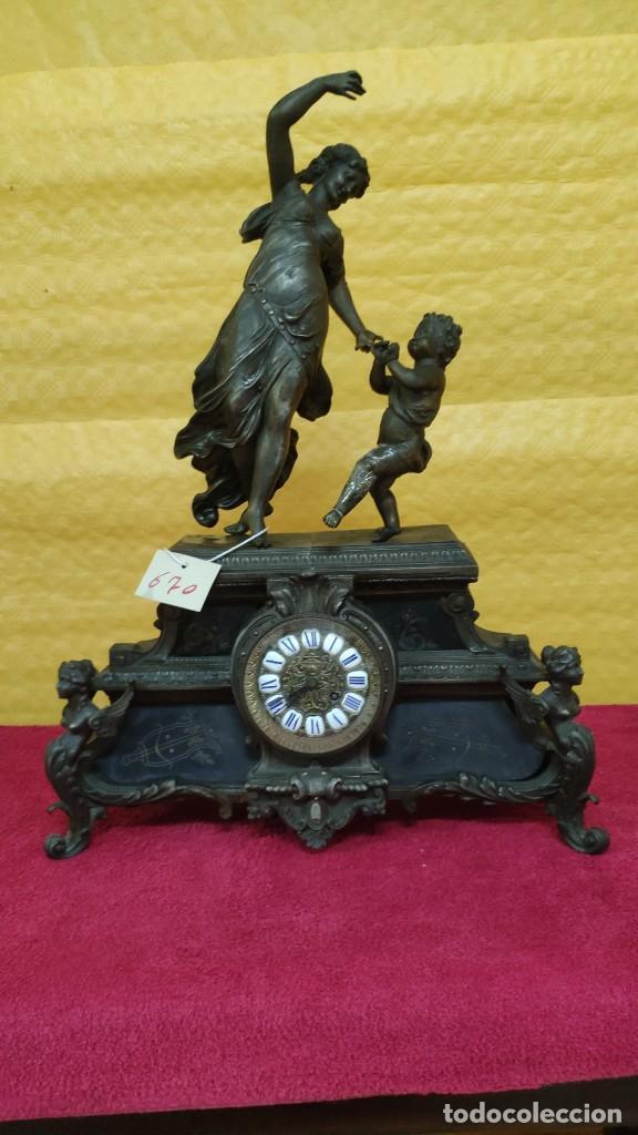 RELOJ DE SOBREMESA ESTILO IMPERIO SIGLO XIX, 6000-670 (Relojes - Sobremesa Carga Manual)