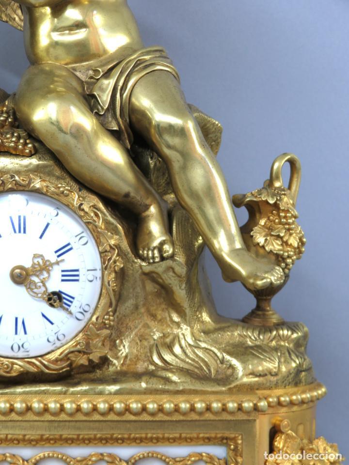 Relojes de carga manual: Reloj de sobremesa Napoleón III de cupidos en bronce dorado París porcelana Francia siglo XIX - Foto 6 - 218098693