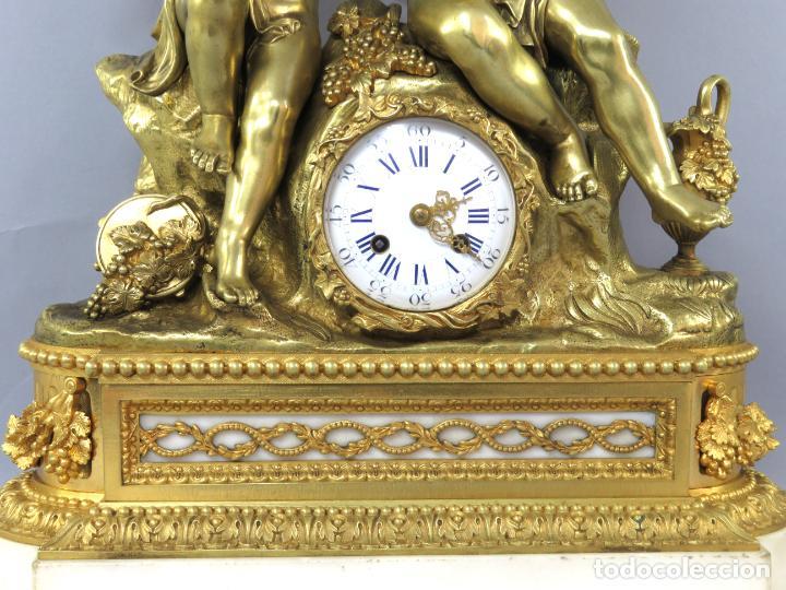 Relojes de carga manual: Reloj de sobremesa Napoleón III de cupidos en bronce dorado París porcelana Francia siglo XIX - Foto 7 - 218098693