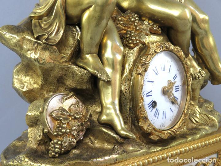 Relojes de carga manual: Reloj de sobremesa Napoleón III de cupidos en bronce dorado París porcelana Francia siglo XIX - Foto 12 - 218098693