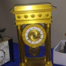 Relojes de carga manual: IMPRESIONANTE RELOJ PÓRTICO GOLIAT DE BRONCE AL MERCURIO ORO FINO ORMOLU 1820. Lote 218643331