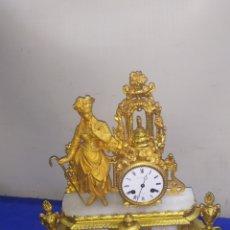 Relojes de carga manual: PRECIOSO RELOJ FRANCÉS SIGLO XIX BAÑO DE BRONCE AL MERCURIO ORO FINO ORMOLU. Lote 218643503