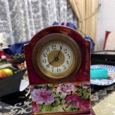 Relojes de carga manual: RELOJ PORCELANA DE MESA MECANICO ANTIGUO . VER FOTOS. Lote 219026662