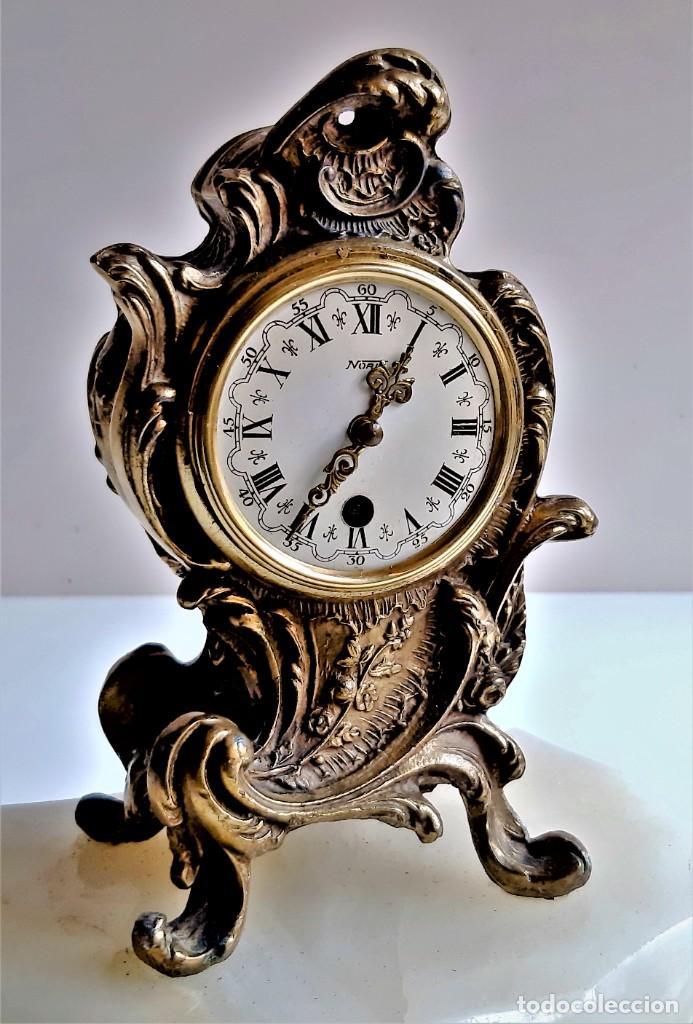 Relojes de carga manual: RELOJ BRONCE MECANICO 21.CM ALTO CUPULA METACRILATO 11.CM DIAMTRO Y BASE DE MARMOL - SIN LLAVE - Foto 7 - 221509568