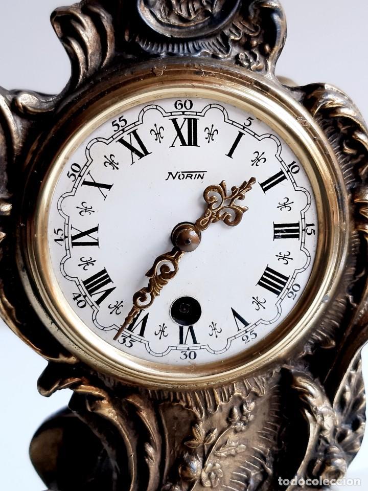 RELOJ BRONCE MECANICO 21.CM ALTO CUPULA METACRILATO 11.CM DIAMTRO Y BASE DE MARMOL - SIN LLAVE (Relojes - Sobremesa Carga Manual)
