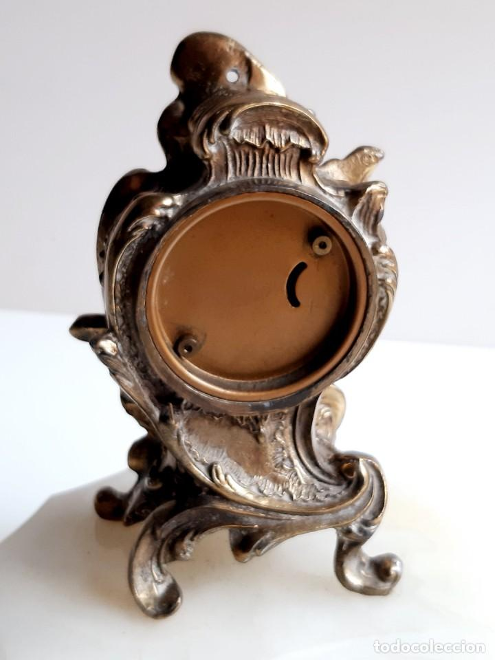 Relojes de carga manual: RELOJ BRONCE MECANICO 21.CM ALTO CUPULA METACRILATO 11.CM DIAMTRO Y BASE DE MARMOL - SIN LLAVE - Foto 9 - 221509568