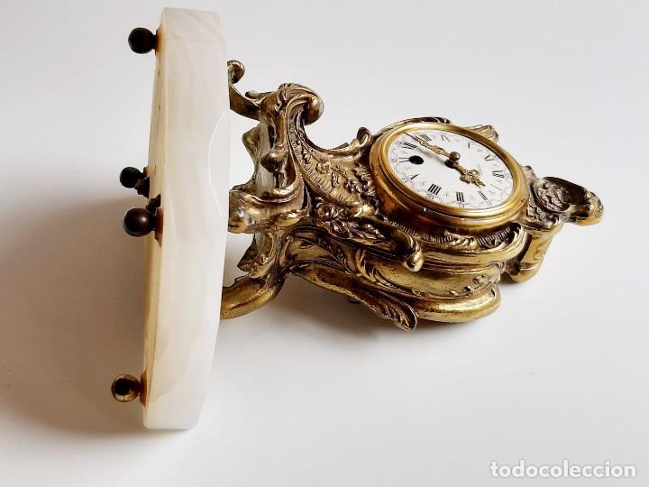 Relojes de carga manual: RELOJ BRONCE MECANICO 21.CM ALTO CUPULA METACRILATO 11.CM DIAMTRO Y BASE DE MARMOL - SIN LLAVE - Foto 15 - 221509568