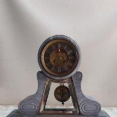 Relojes de carga manual: IMPRESIONANTE RELOJ DE NOTARIO EN MÁRMOL GRIS. Lote 221660297