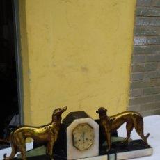 Relojes de carga manual: INSUPERABLE RELOJ FRANCÉS ART DECO MÁRMOL Y BRONCE 80 CM. Lote 222168645