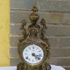 Relógios de carga manual: RELOJ DE BRONCE ESTILO LUIS XV SONERIA DE CAMPANA DOBLE MARTILLO. Lote 222168887