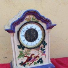 Relógios de carga manual: IMPRESIONANTE RELOJ DE PORCELANA ESCAPE VISTO SIGLO XIX. Lote 222174860