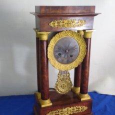 Relojes de carga manual: ANTIGUO RELOJ PÓRTICO GOLIAT CAOBA Y BRONCE AL MERCURIO ORO FINO. Lote 222271106