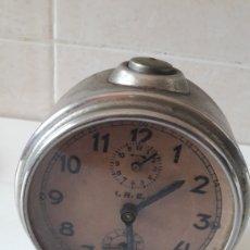 Relojes de carga manual: RELOJ DESPERTADO DE MESILLA DE NOCHE ANTIGUO. Lote 222281425