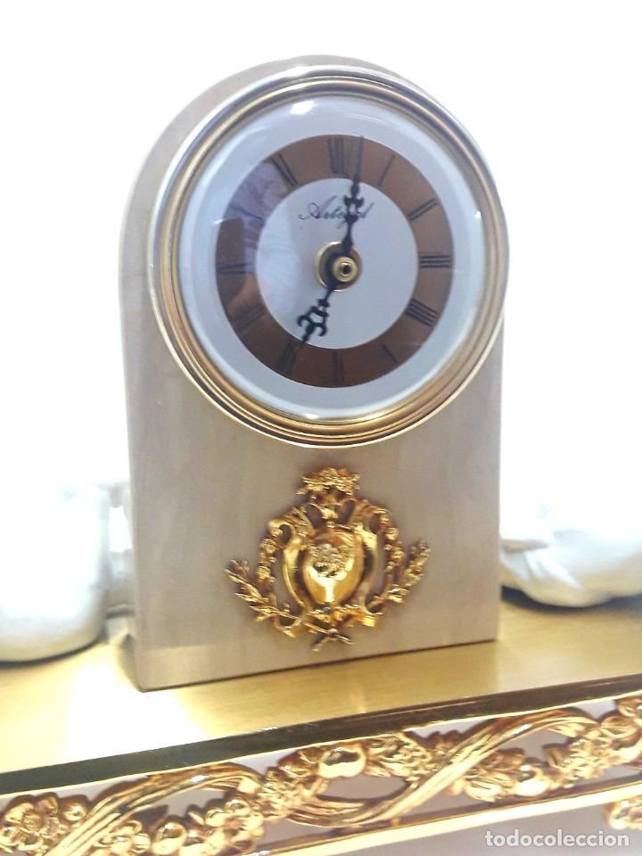 Relojes de carga manual: BELLO RELOJ DE SOBREMESA EN BRONCE Y MÁRMOL CON ANGELITOS MOVIMIENTO DE CUARZO Y NUEVO A ESTRENAR - Foto 5 - 222639056
