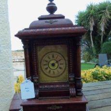 Relojes de carga manual: ANTIGUO RELOJ MUSICAL CON DISCOS / 3 DISCOS INCLUIDOS / CON CAJA DE MUSICA / 35CM X 15CM X 9CM. Lote 223132427