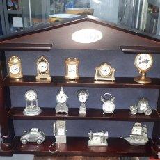 Relojes de carga manual: LOTE 14 MINI RELOJES COLECCION LE TEMPS Y EXPOSITOR LEER DESCRIPCION. Lote 224641731
