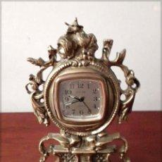 Relojes de carga manual: RELOJ DE SOBREMESA ANTIGUO DE BRONCE. Lote 224699840