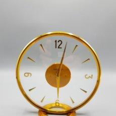 Relojes de carga manual: RELOJ SOBREMESA VINTAGE JAEGER-LE COULTRE DE LUJO LECOULTRE ANTIGUO SUIZO DORADO DISEÑO. Lote 225867583