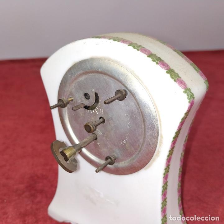 Relojes de carga manual: RELOJ DE PORCELANA. MARCA ROYAL. MECANISMO SUIZO. FRANCIA (?). PRINCIPIO SIGLO XX - Foto 3 - 226595724