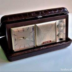 Relojes de carga manual: RADIO RELOJ DESPERTADOR INTERNATIONAL - A PILAS - 18 X 10 X 4.CM. Lote 226667691