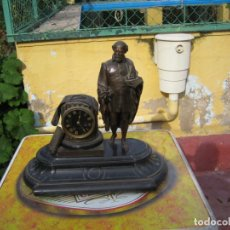 Relojes de carga manual: ANTIGUA FIGURO RELOJ DE SOBREMESA O CHIMENEA. NO FUNCIONA. Lote 227882590