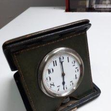 Horloges à remontage manuel: ANTIGUO RELOJ DE VIAJE. FUNCIONA. LE FALTA EL CRISTAL. Lote 229866375