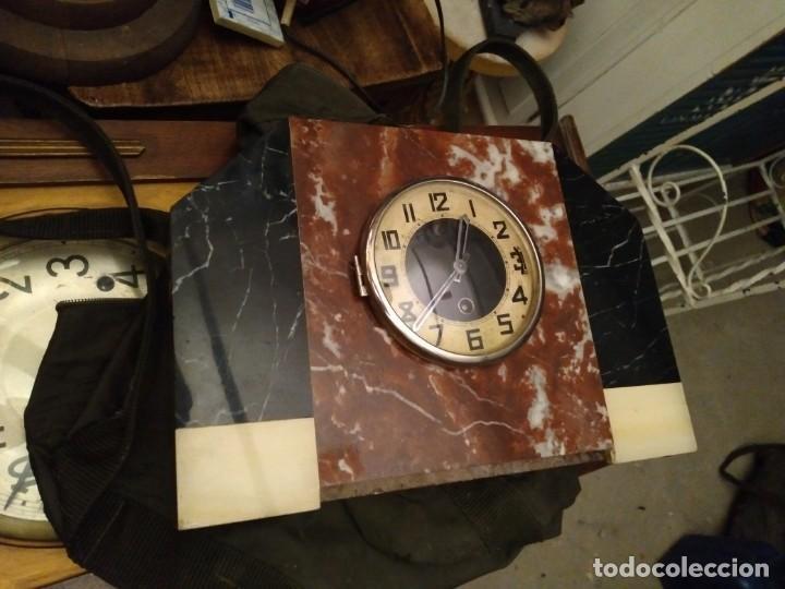 Relojes de carga manual: Reloj de mesa en marmol varios colores Art Deco Funcionando con llave 33 cm ancho, 22,5 alto 8 cm. f - Foto 3 - 27406604
