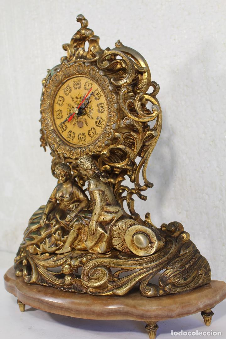 Relojes de carga manual: Reloj de aleación de bronce pareja romantica - Foto 4 - 268863779