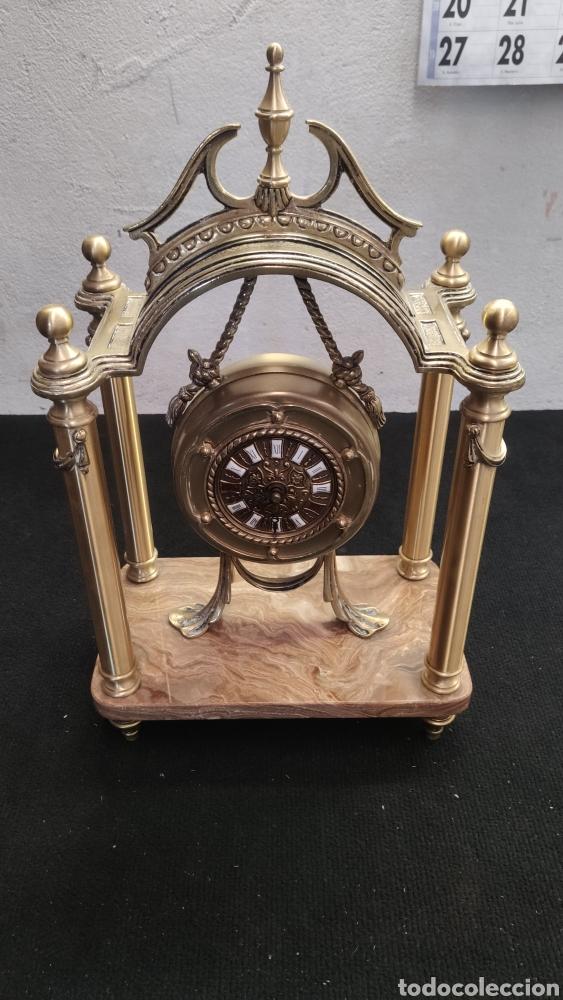 Relojes de carga manual: ANTIGUO RELOJ DE SOBREMESA EN BRONCE MACIZO DE 7.5KG DE PESO - Foto 2 - 234782840