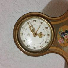 Relojes de carga manual: ANTIGUIO RELOG DE COLECION DESPERTADOR Y CORDA MUSICAL ANOS 20.30 HECHO EM METAL MARCA EMES DE SUNNE. Lote 234858775