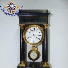 Relojes de carga manual: ,RELOJ DE SOBREMESA PÓRTICO,,,NAPOLEÓN III ,,,MEDIADOS DEL XIX,,,. Lote 236676750