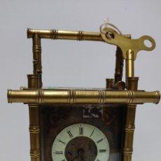 Relojes de carga manual: IMPORTANTE RELOJ DE VIAJE CON ESCAPE VISTO EN BRONCE. ESMALTES SIGUIENDO MODELOS CHINESCOS. ALT. 20. Lote 243964380
