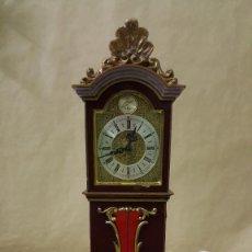 Relojes de carga manual: RELOJ DE MESA MINIATURA SCHMID CUERDA O DIAS. Lote 244543210