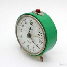 Relojes de carga manual: RELOJ DESPERTADOR VINTAGE DE SOBREMESA. ROSTOV 4 RUBIS, MADE IN USSR. NO FUNCIONA.. Lote 245031695