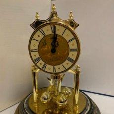 Relojes de carga manual: RELOJ DE SOBREMESA SIN CUPULA DE CRISTAL. LEER DESCRIPCION Y VER FOTOS. PARA RESTAURAR O RECAMBIOS. Lote 253883170