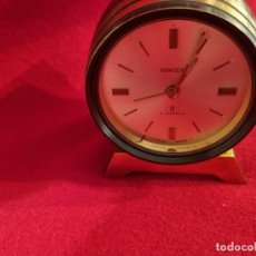 Relógios de carga manual: RELOJ DESPERTADOR SWISS MADE FORMA DE BARRIL.. Lote 254042630