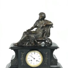 Relojes de carga manual: RELOJ DE SOBREMESA NAPOLEÓN III. BRONCE FIRMADO MOREAU Y MÁRMOL NEGRO SG XIX. Lote 254269575