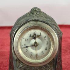 Relojes de carga manual: RELOJ DE SOBREMESA. ESTILO ART NOUVEAU. METAL PLATEADO. SIGLO XIX-XX.. Lote 256134430