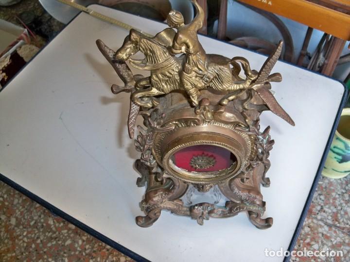 Relojes de carga manual: Antigua caja de bronce para reloj - Foto 4 - 257348245