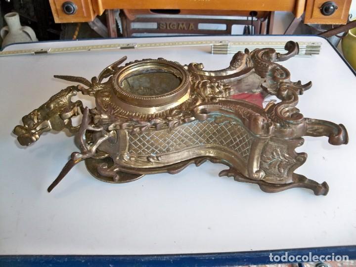 Relojes de carga manual: Antigua caja de bronce para reloj - Foto 8 - 257348245