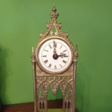 Relojes de carga manual: ANTIGUO RELOJ DE SOBREMESA, ESTILO GÓTICO.. Lote 257710190