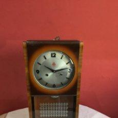 Relojes de carga manual: RELOJ STARI ZIDNI SAT MADE IN CHINA - VER FOTOS. Lote 257996080