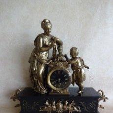 Relojes de carga manual: ANTIGUO RELOJ SOBREMESA PARIS GR SIGLO FINALES SIGLO XIX MARMOL NEGRO. Lote 258832470
