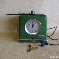 Relojes de carga manual: ANTIGUO RELOJ DE FICHAR PHUC. Lote 258834500