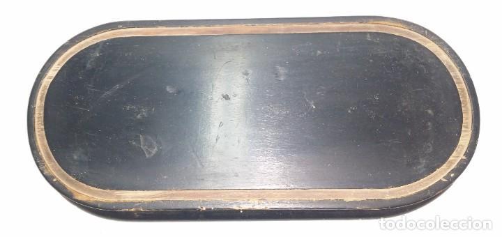 Relojes de carga manual: Fantástico reloj de sobremesa -muy antiguo- en bronce, calamina y peanas de madera - Foto 39 - 260282865