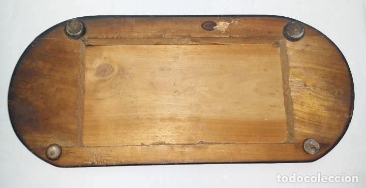 Relojes de carga manual: Fantástico reloj de sobremesa -muy antiguo- en bronce, calamina y peanas de madera - Foto 41 - 260282865