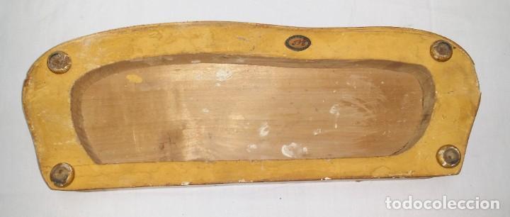 Relojes de carga manual: Fantástico reloj de sobremesa -muy antiguo- en bronce, calamina y peanas de madera - Foto 55 - 260282865
