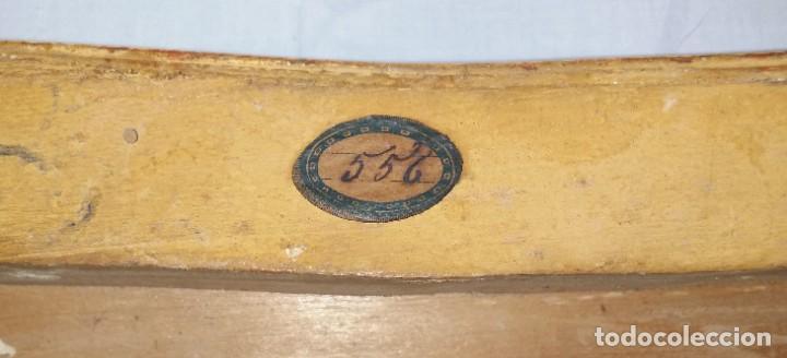 Relojes de carga manual: Fantástico reloj de sobremesa -muy antiguo- en bronce, calamina y peanas de madera - Foto 56 - 260282865