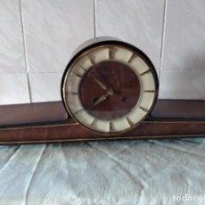 Relojes de carga manual: ANTIGUO RELOJ DE SOBREMESA DE CARGA MANUAL HERMLE GERMANY 140-010. Lote 261665700
